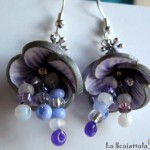 orecchini 043 B viola bianco corolla